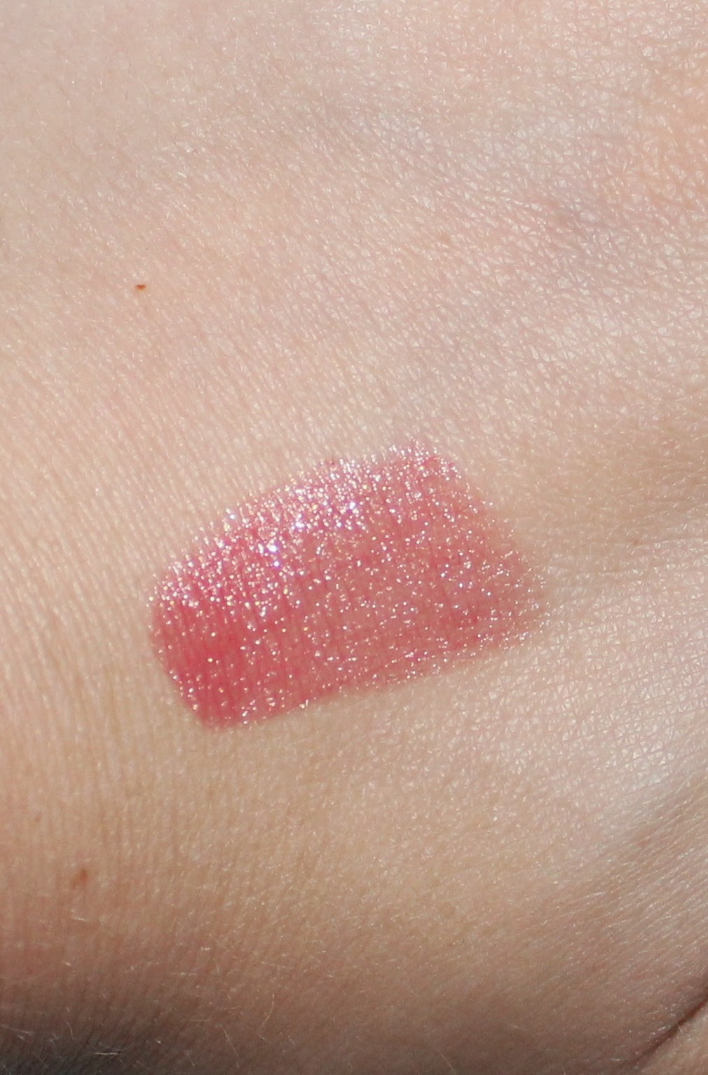 essence lipstick in 67 miss peach swatch