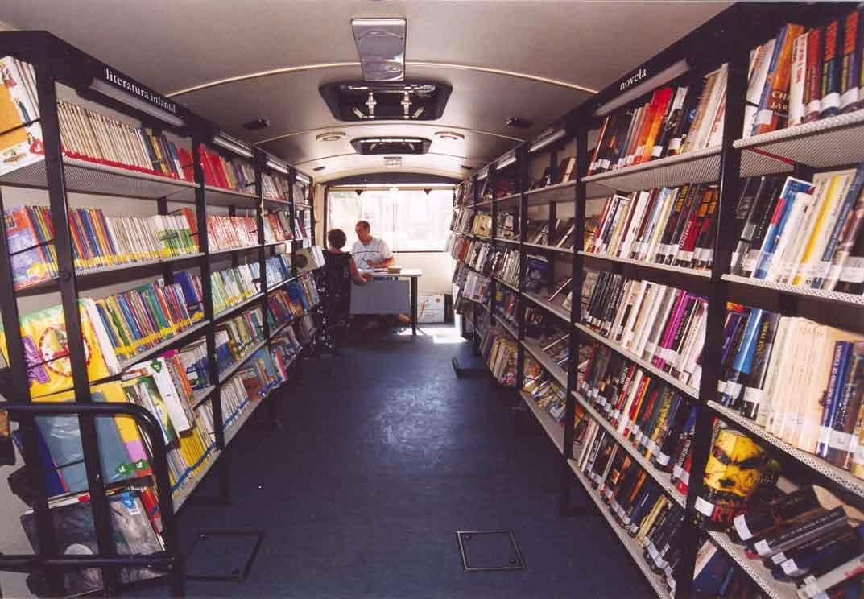 Bibliobus-javi-lara