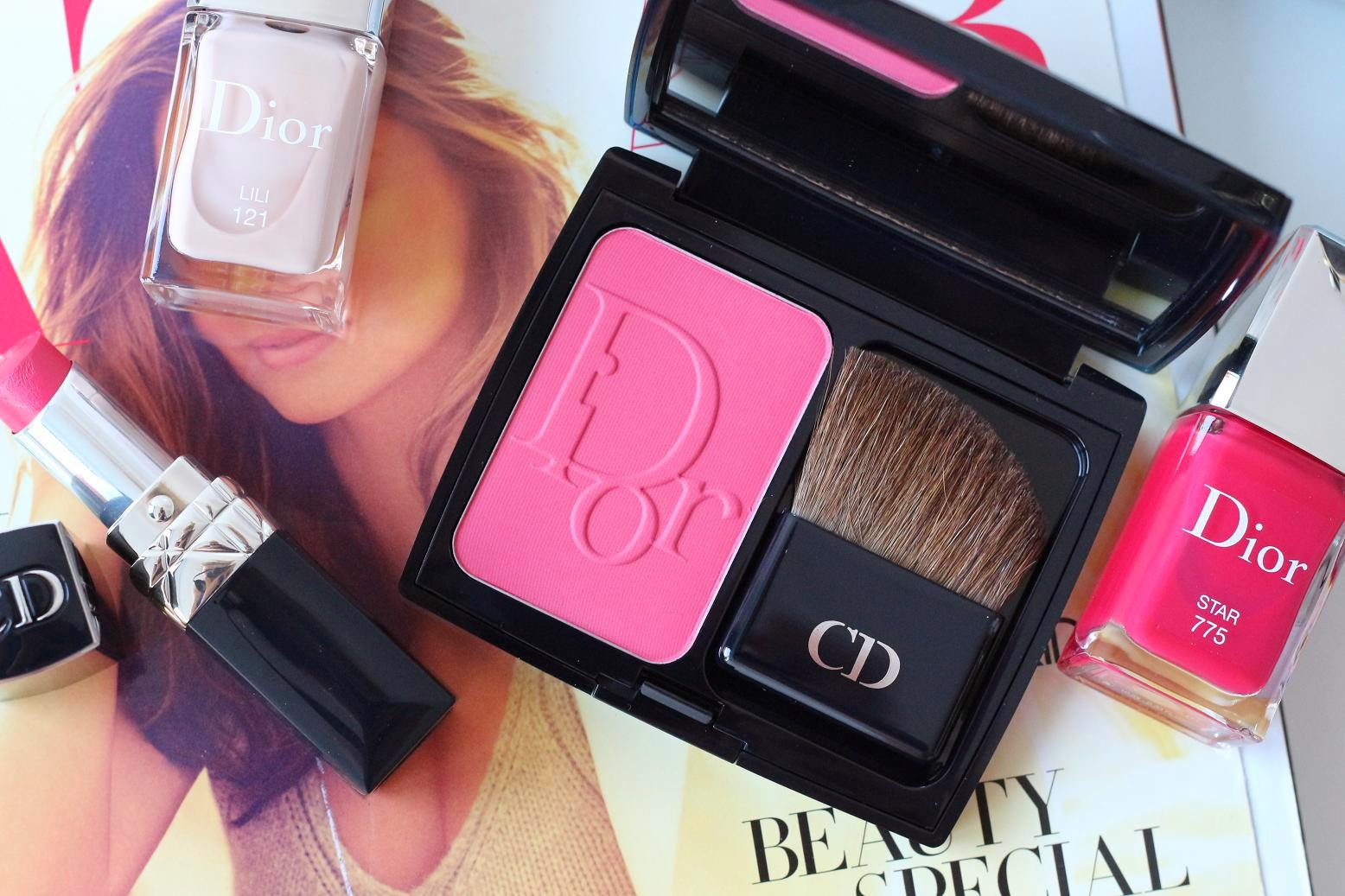 Diorblush in 881 Rose Corolle