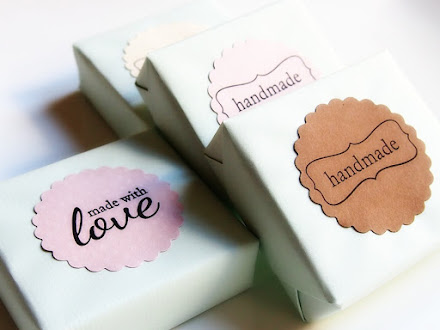 CUSTOMIZED SOAPS  /  JABONES  PERSONALIZADOS