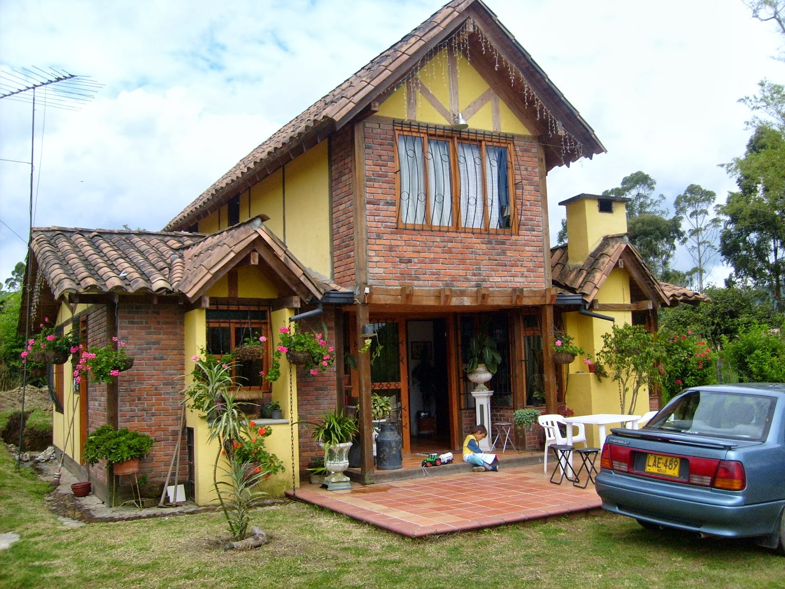 Decoracion actual de moda fachadas de casas de campo for Casa moderna de campo