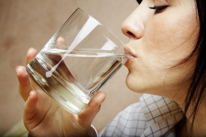 5 thói quen uống nước cần nhớ