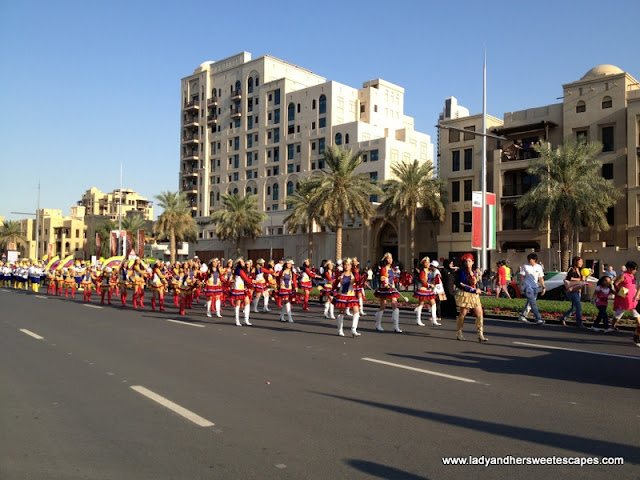 filipino, parade on UAE DAy