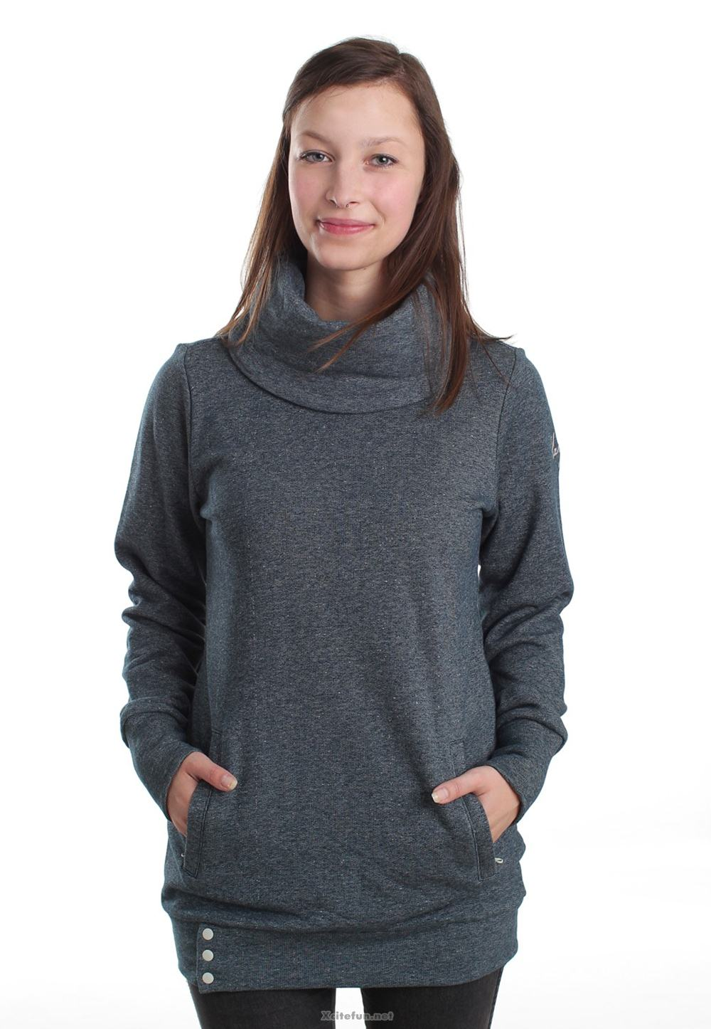 Пуловер для девушек