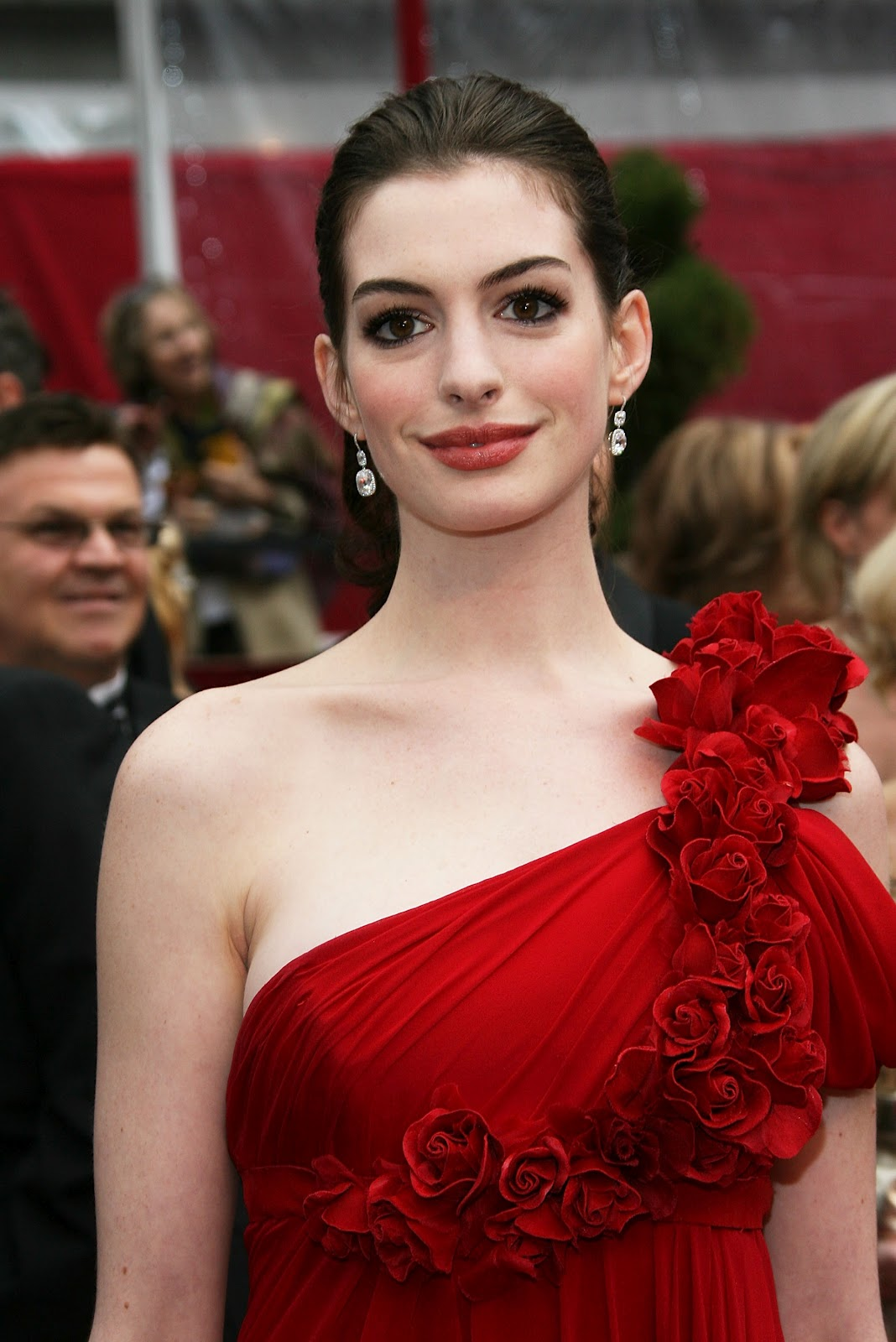 SulfiaNisty: Foto-Foto Anne Hathaway
