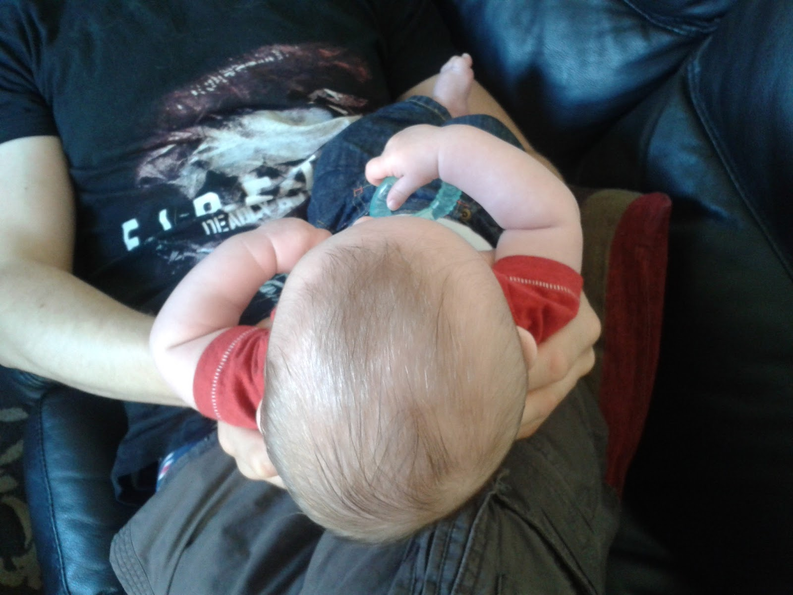 how to tell if baby has flat head