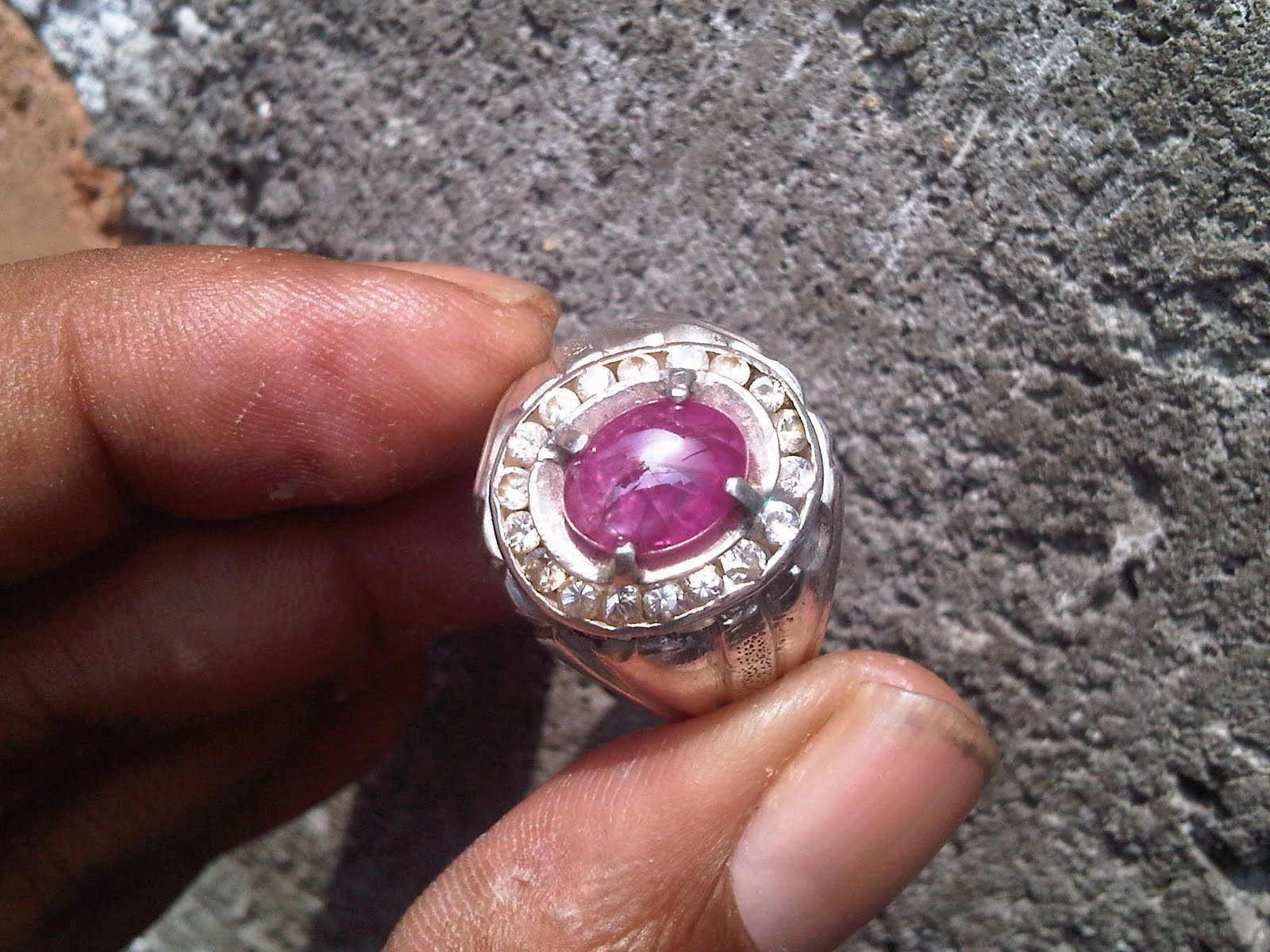 Permata Doeloe Natural Ruby Burma For Sale