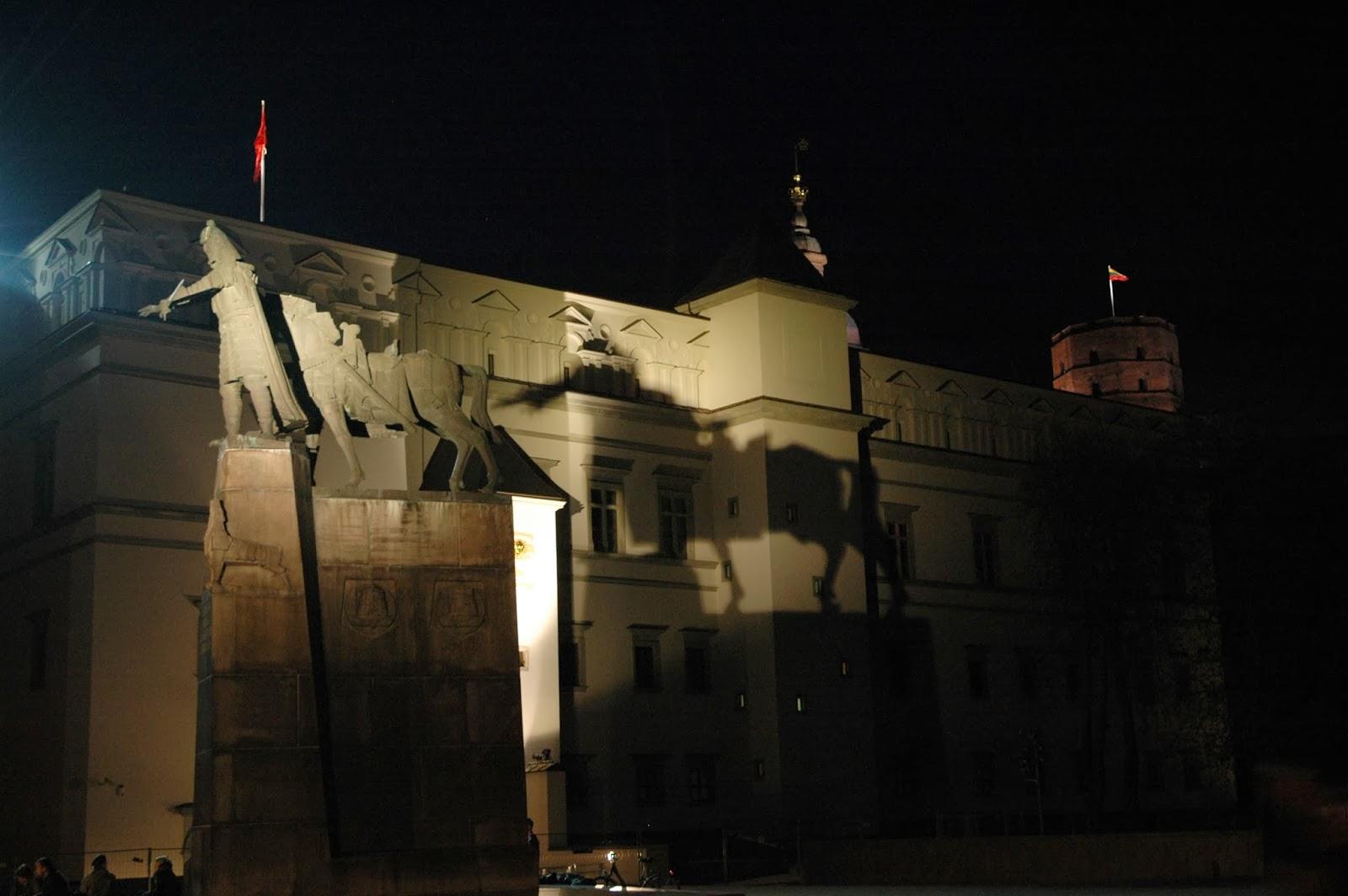 pomnik Giedymina Wilno