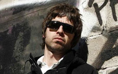 Noel Gallagher - Dream On Lyrics