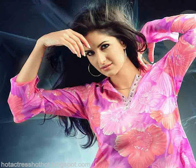 katrina kaif hot pics in pink dress