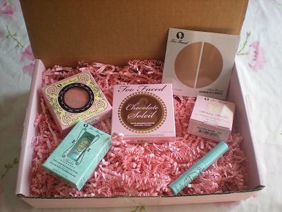 Chic Essentials: Too Faced Cosmetics F&F Sale.