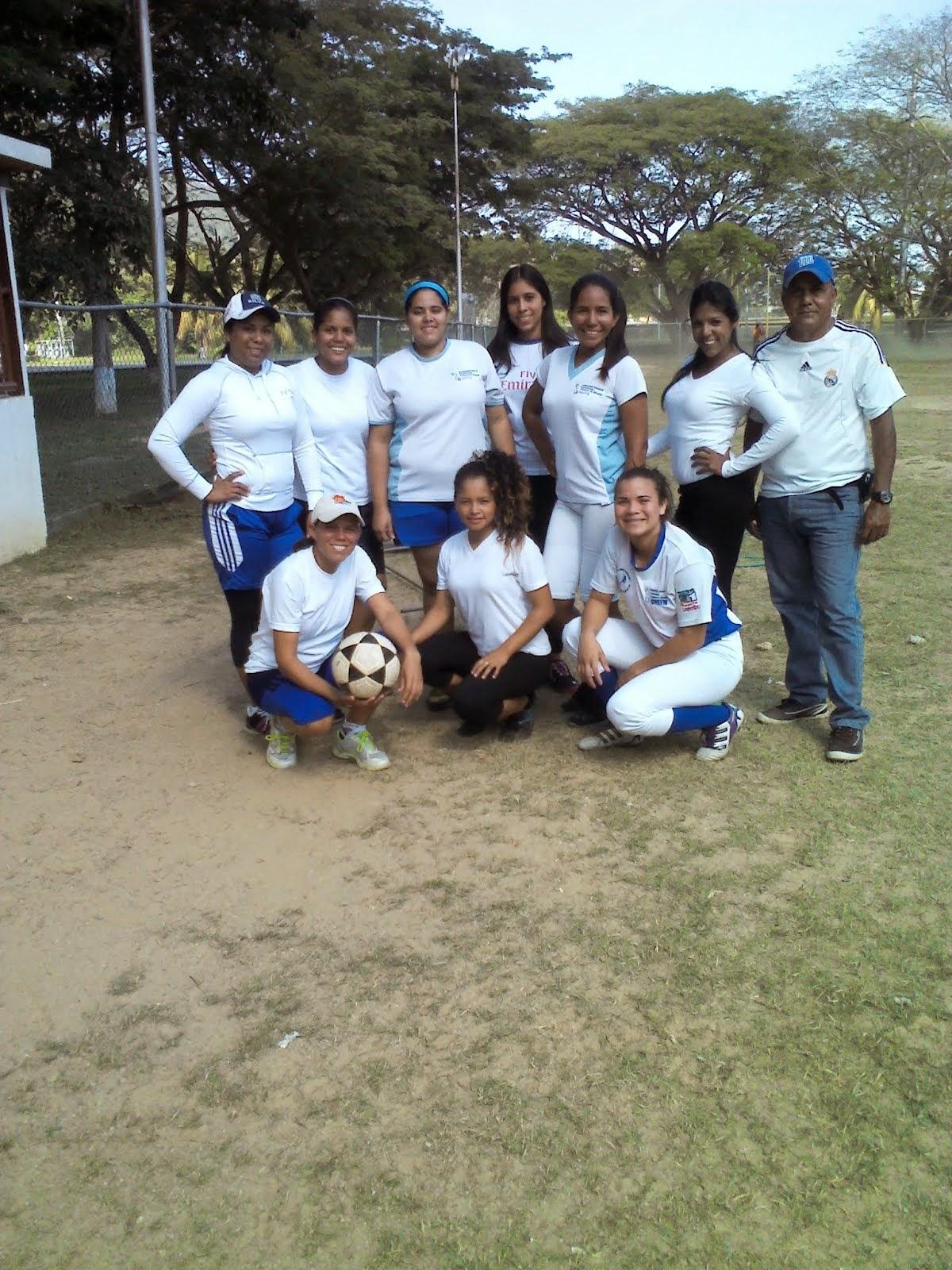 Competencia deportiva Día de Estudiante Universitario 2014