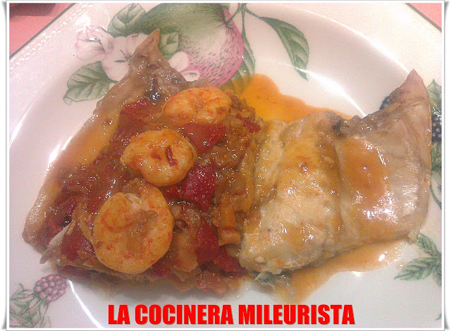Lubina Rellena De Langostinos, Pimientos Del Piquillo Y Setas (receta De Noche Vieja)
