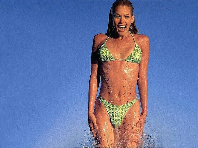 Valeria Mazza in Swimwear