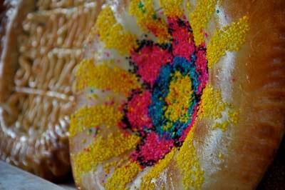 uzbek cuisine, uzbek bread, uzbekistan art textile tours