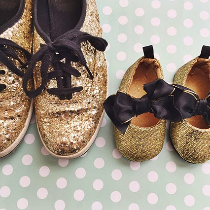gold keds, glitter keds, kate spade keds, glitter kate spade sneakers, matching mother daughter shoes, gold and black baby shoes,sparkly baby shoes, gold baby shoes, nashville blogger, nashville style, style blogger, southern style blogger, baby style