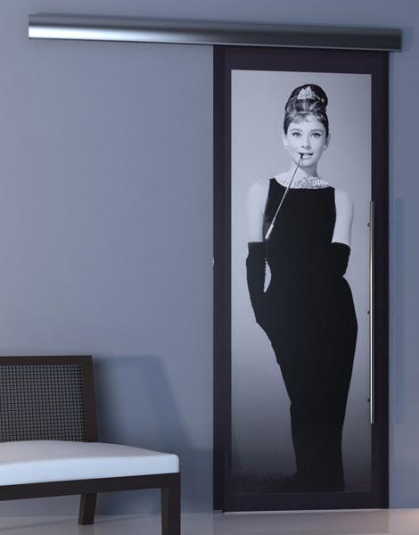 Estas modernas puertas de cristal, diseñadas por la compañía Italiana OTC Doors te dejarán impresionado.