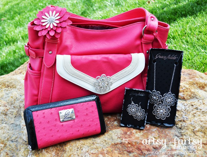 Purse Organization Made Easy with Grace Adele