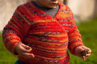 """alt=""""Baby Kimono Wrap, crochet, instruções passo a passo, baby sweater, casaquinho de bebé"""""""