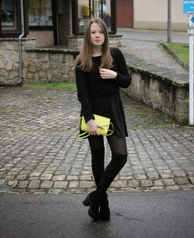 ootd, outfit of the day, outfit, what i wore today, wiwt, fashion, blogger, fashion blogger, blog, style, over the knee, over the knee boots, asos, as seen on me, monki, primark, zara, all black, black, neon, yellow, winter, trend, trendy, undersized closet