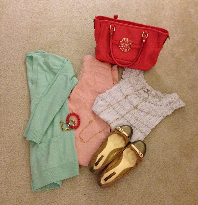 Gap, Old Navy, Nordstrom, Jack Rogers, Boden, Nine West, Francesca's, Mix and Match color, color wheel, emerald green, summer wedges, white skinny cropped jeans, polka dot pants, Tory Burch handbag, pink pants,