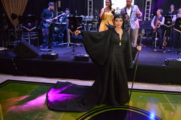 Solange Almeida uses Maleficent costume