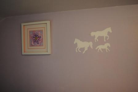 horse wallpaper border. I used an old horse wallpaper