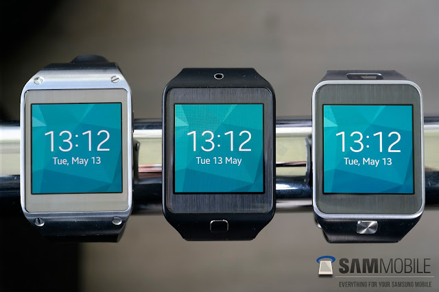 Samsung Galaxy Gear running Tizen