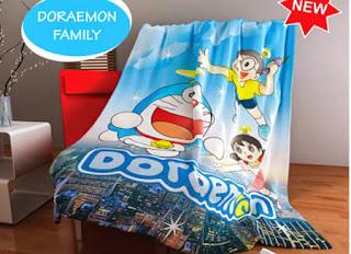 Selimut kintakun Flannel Doraemon Family