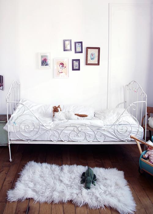entre cuna y cama ms bien es la primera opcin todas blancas y de forja diseos que encajan en cualquier estilo y hay modelos a muy buen