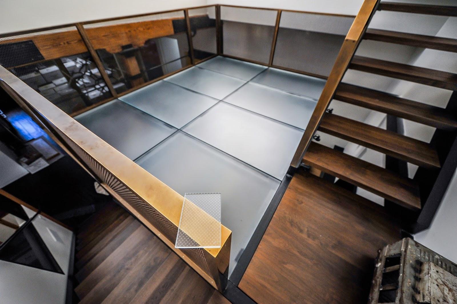 Laminated Glass Flooring Service : Laminated glass floor installation ny