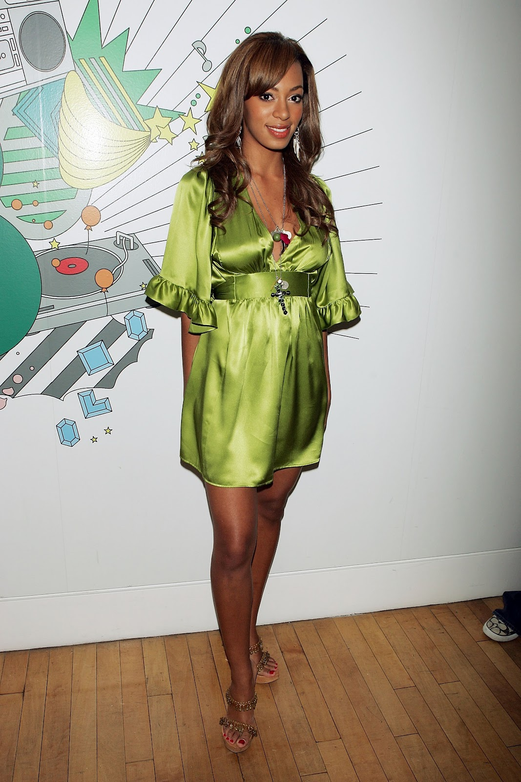 Solange Knowles   Green Satin Dress