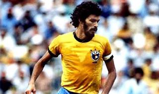 !!Falleció Sócrates¡¡ El fútbol mundial está de Luto