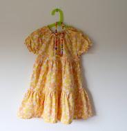 Kjole i gul