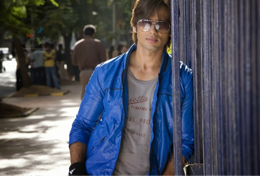 Awesome hd wallpapers and images of bollywood chocolate boy shahid awesome hd wallpapers and images of bollywood chocolate boy shahid kapoor cool pic voltagebd Images