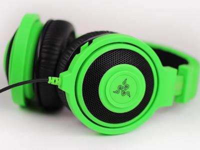 Perbedaan Headset, Headphone, Earphone dan Handsfree.