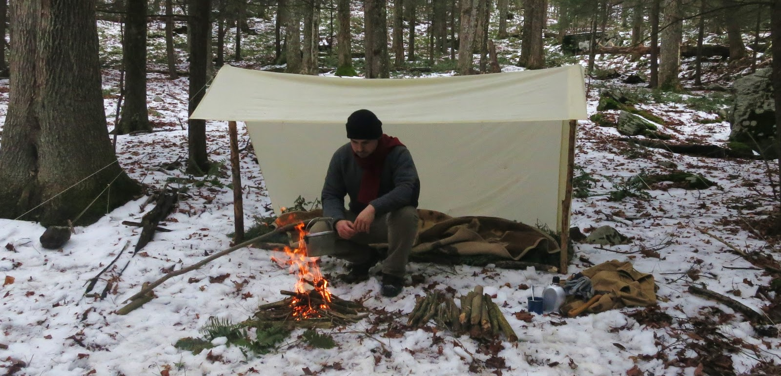 In terms of design I decided to go with a tarp for several reasons. For starters Iu0027ve decided to rely just on a blanket for warmth am issue I will ... & Wood Trekker: Classic Backpacking Gear - Shelters