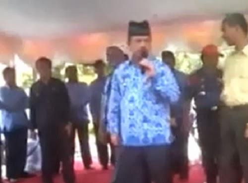 Wali Kota Padang Fauzi Bahar