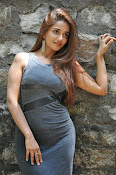 anaika soti latest sizzling photos-thumbnail-7