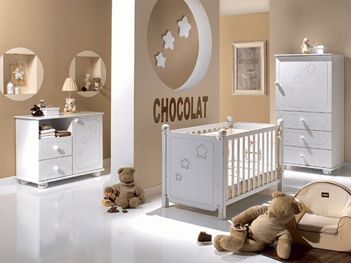 Dormitorios de bebé en chocolate, blanco y beige  Ideas ...