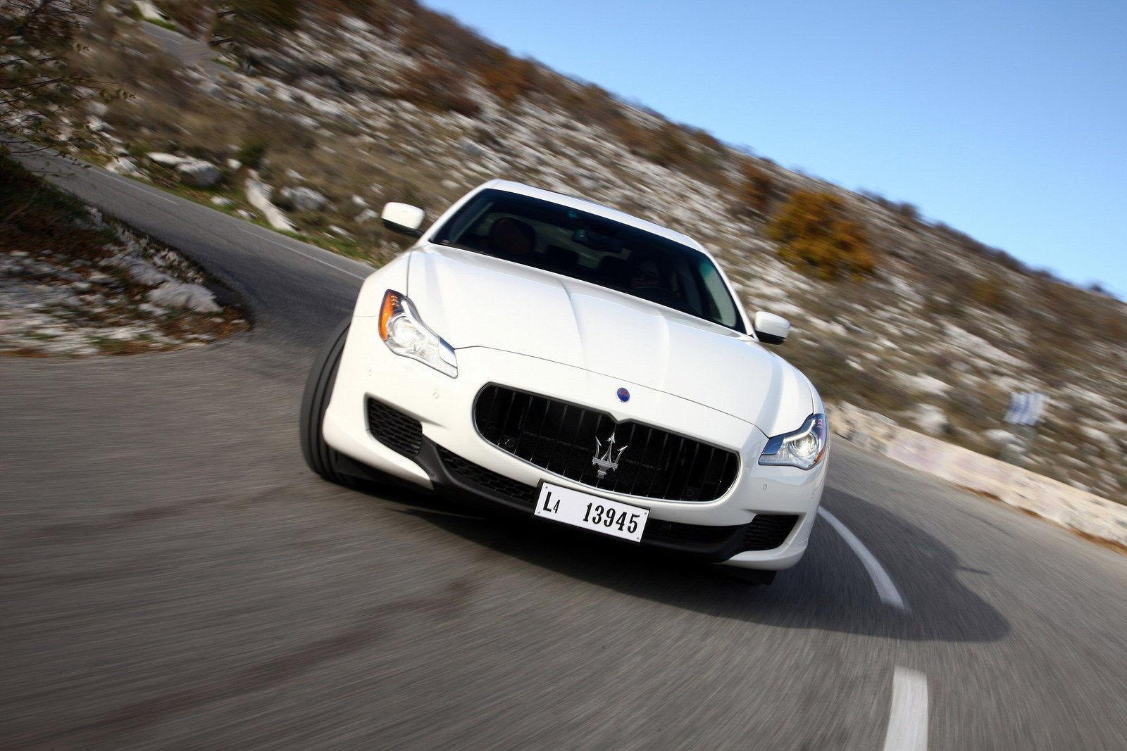 car in Maserati Quattroporte