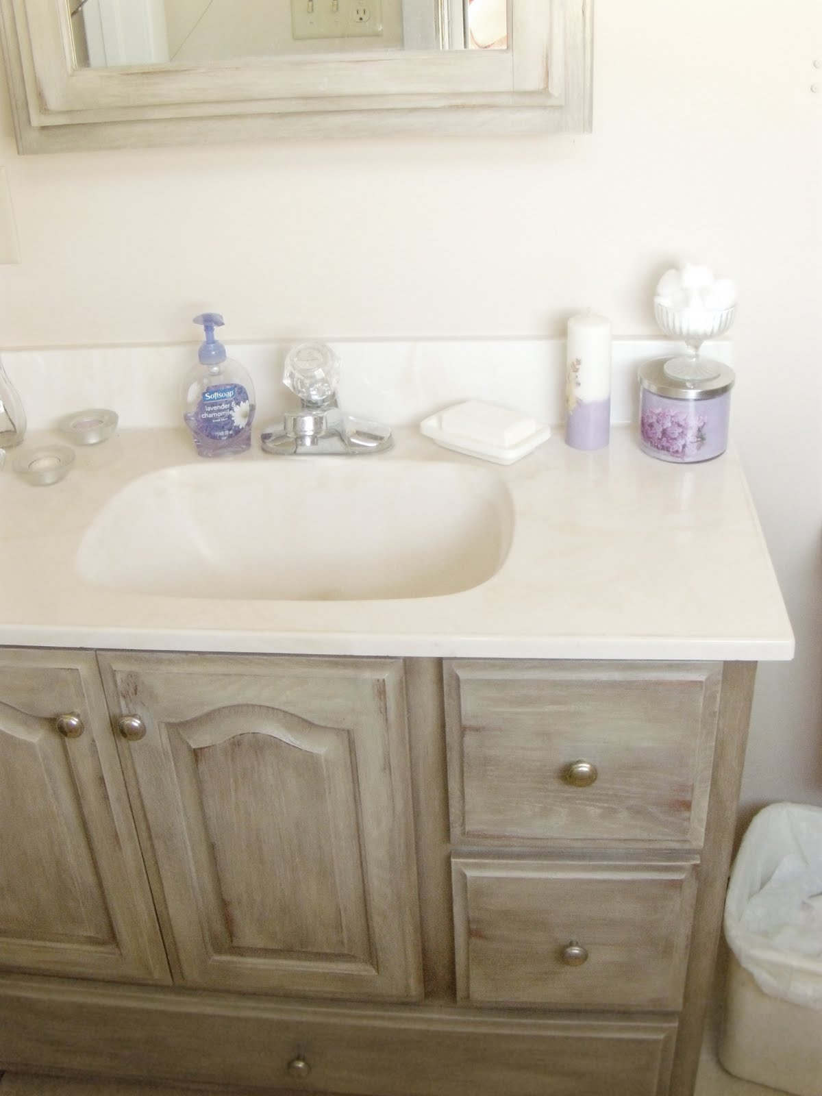 Down on Sanford: Bathroom Vanity Redo