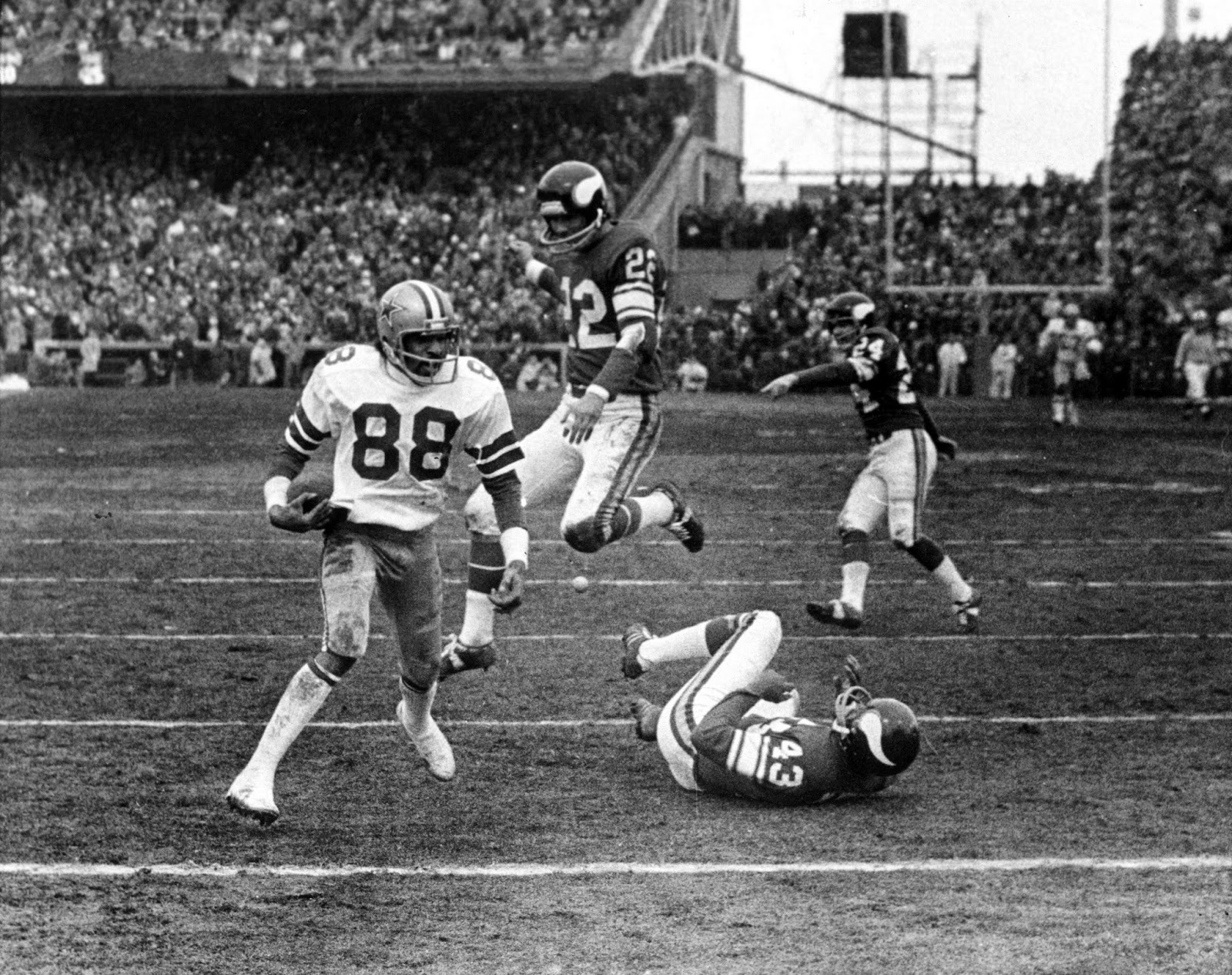 Drew Pearson Hail Mary Dallas Cowboys