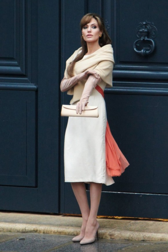 "Style: Angelina Jolie In ""The Tourist""   Fashiondrip"