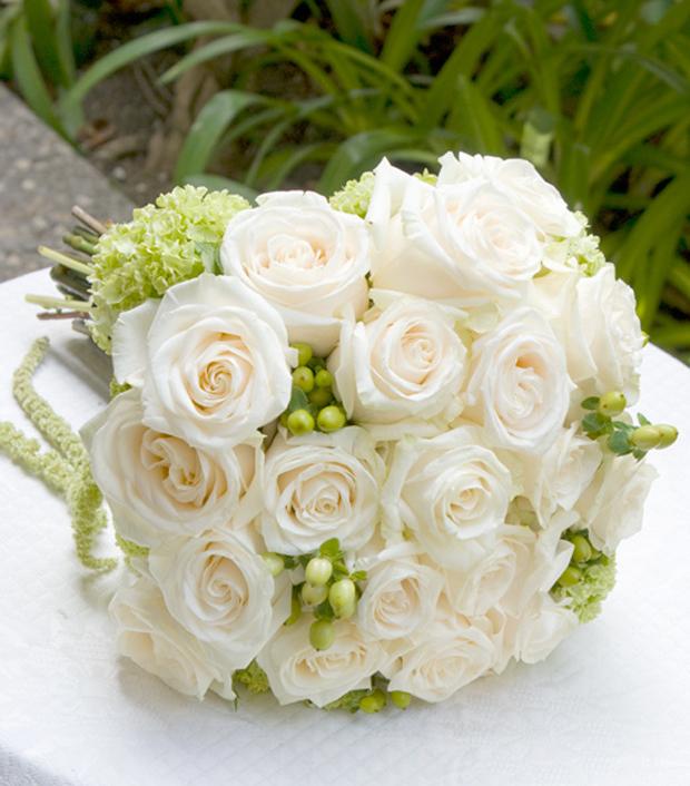 Hình bó hoa hồng trắng độc