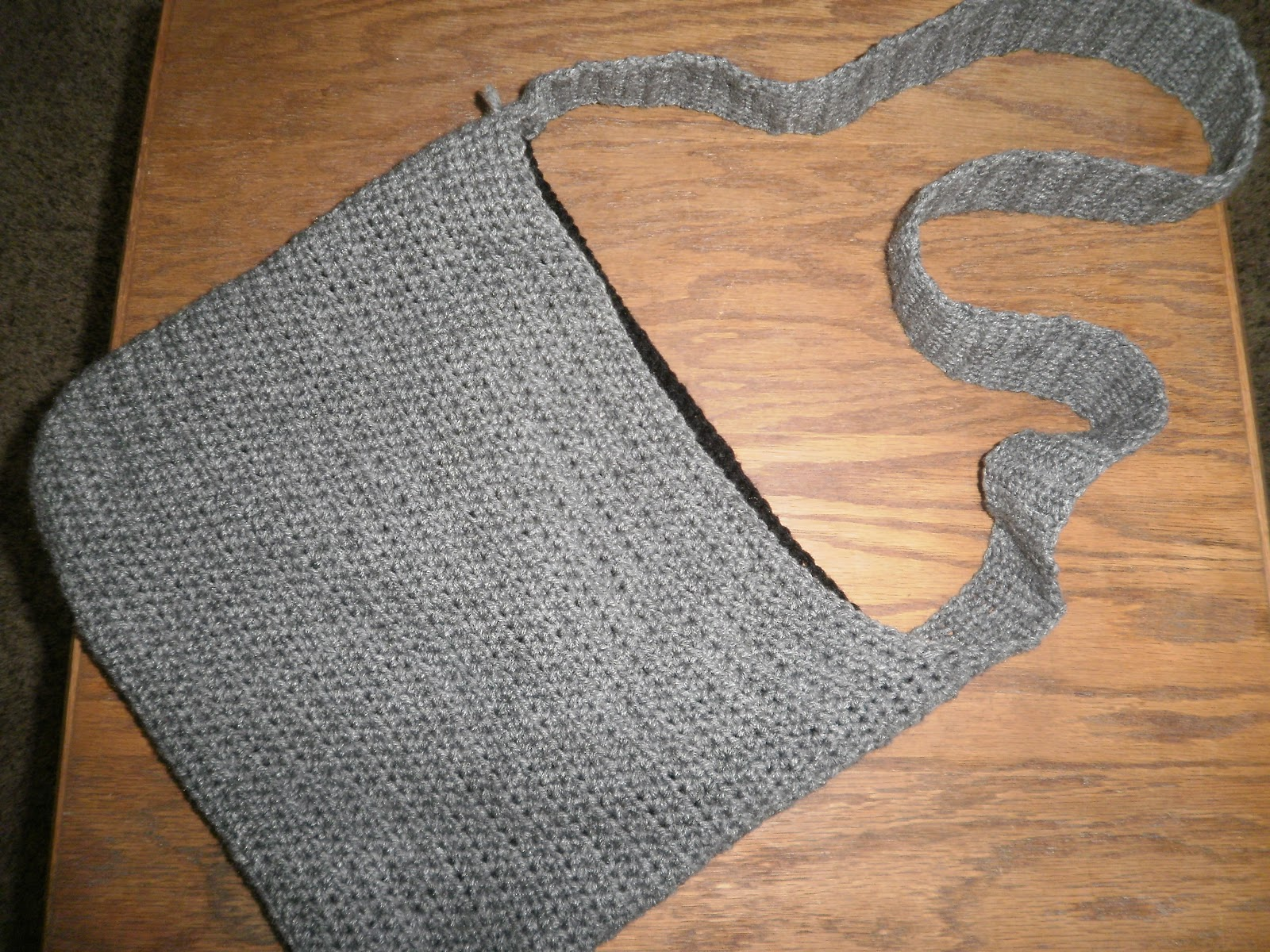 Crochet Shoulder Bag Pattern Free : Sweetness: Crochet Satchel/Over the Shoulder Bag