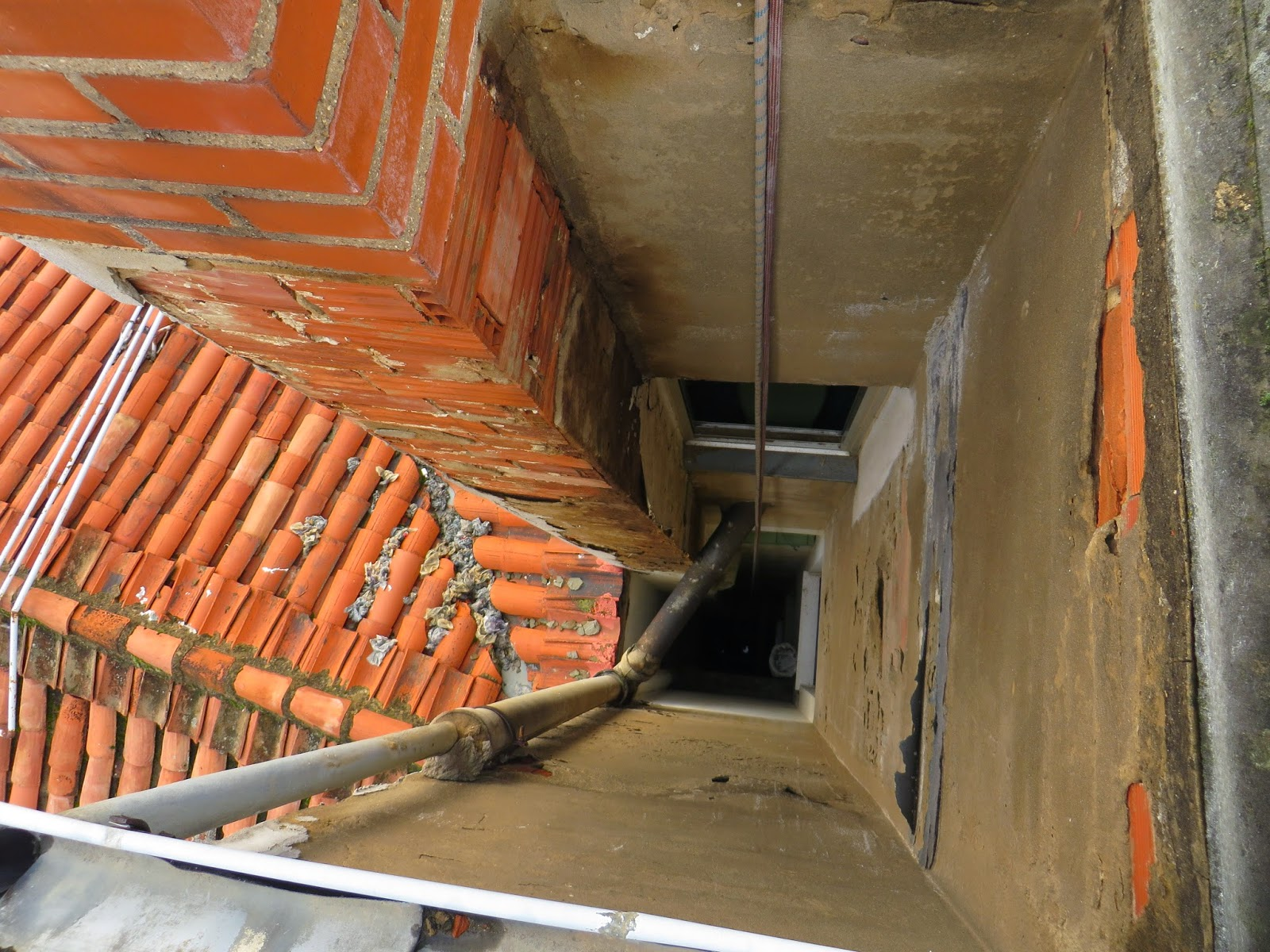 Pintura y Reabilitacion de Patios de Luces, Empresa en León. Empresa en León realiza todo tipo de raforamas y Pintura, Reabilitacion de Patios de Luces.Tlf 618848709 y 987846623.