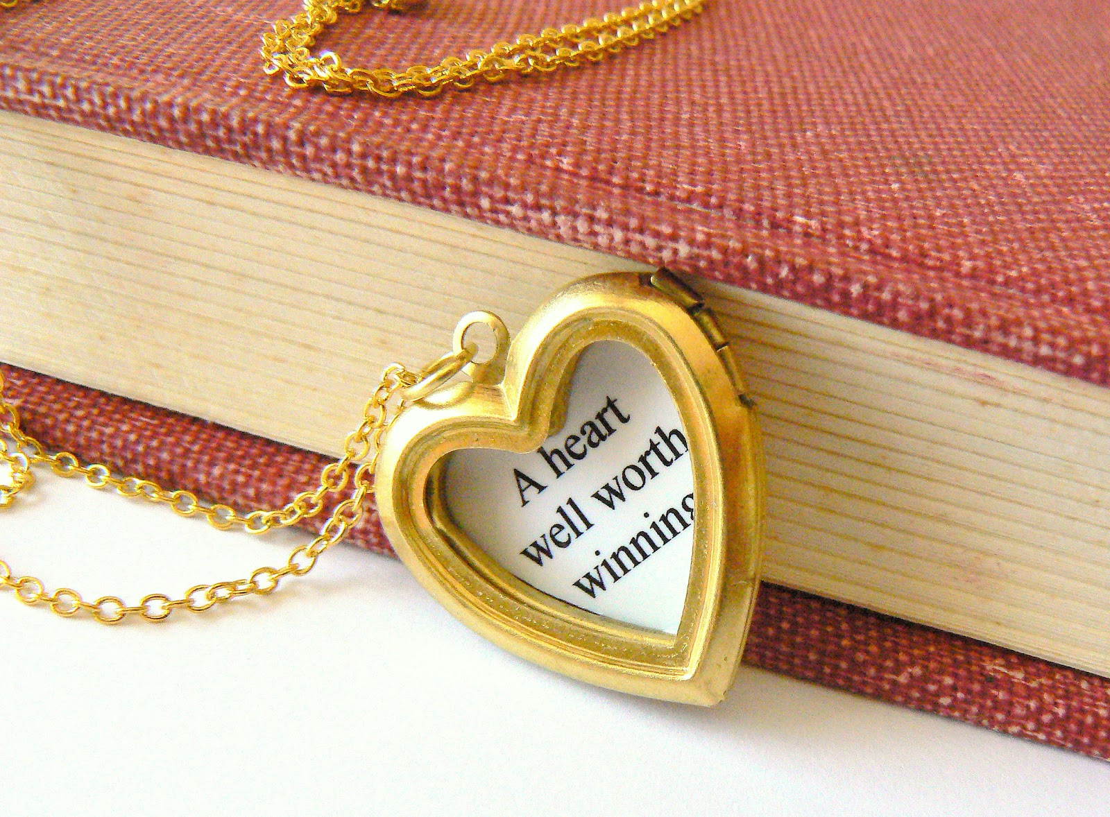 necklace lockets background images wallpaper open locket heart hd objects