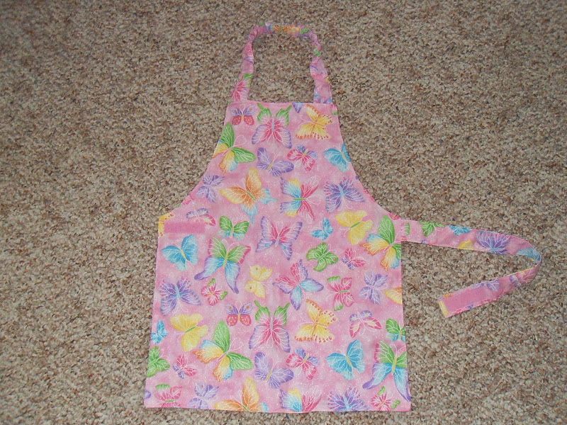 24 free apron patterns pictured instructions tip junkie