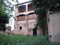 Rectoria i cementiri de Sant Feliu de Rodors